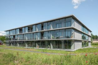 'Ten Kerselaere' residential care center: 'The Village' assisted living units